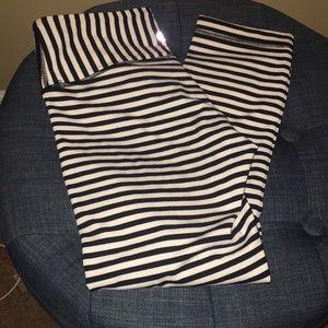 RARE black striped Lululemon wunder under crops